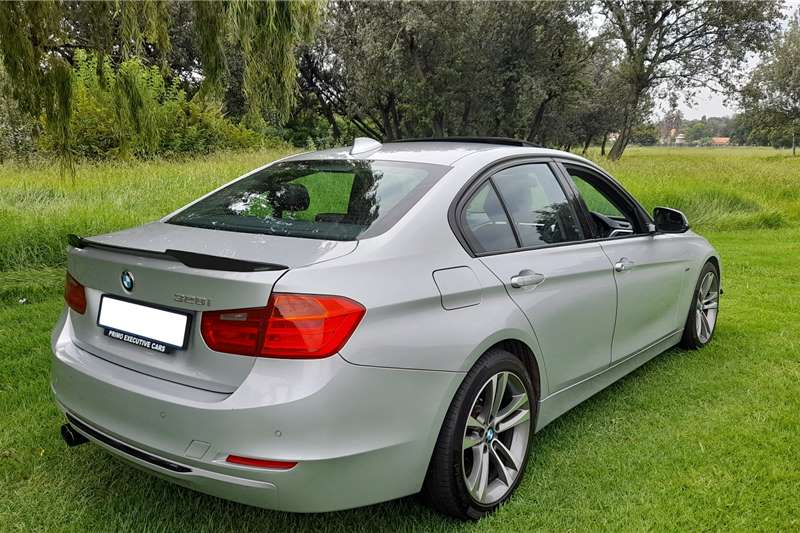 BMW 3 Series 328i Sportline auto 2012