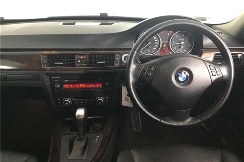 BMW 3 Series 330d steptronic 2009