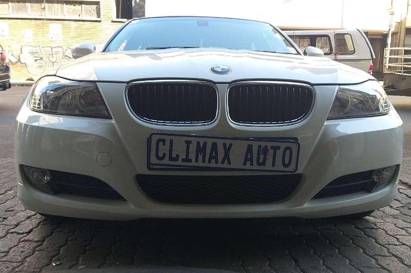 2010 BMW 3 Series 320i coupé Exclusive