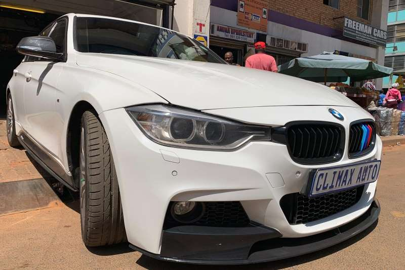 2014 BMW 3 Series 320i Luxury sports auto