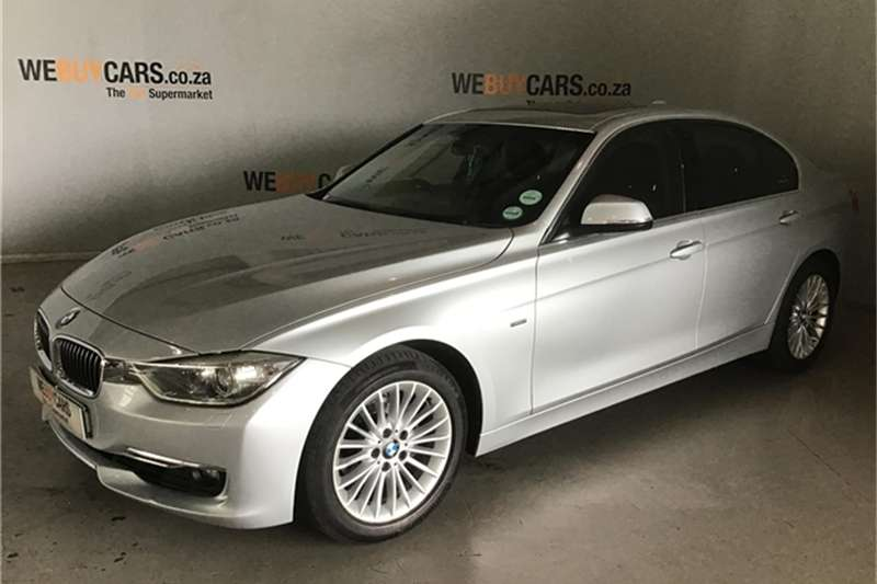2013 BMW 3 Series 320i Luxury auto
