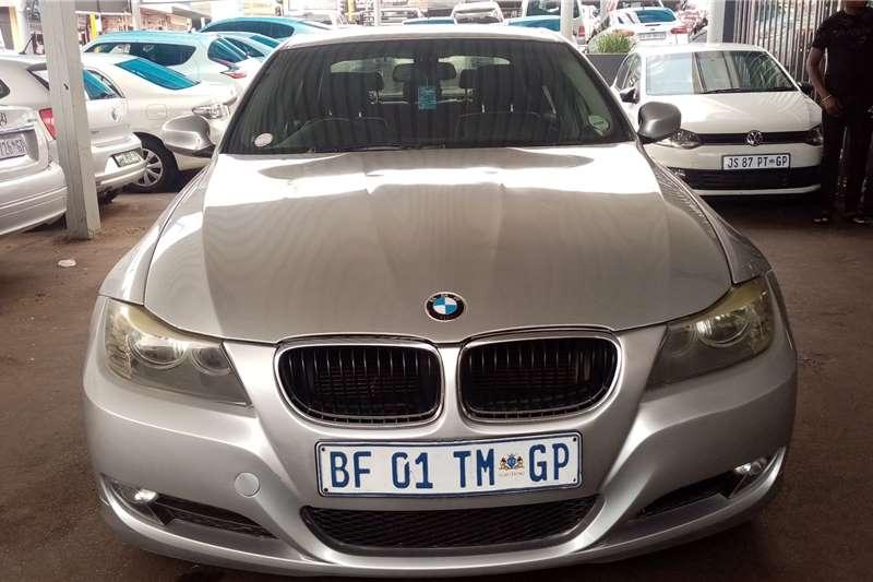 2011 BMW 3 Series 320i coupé auto