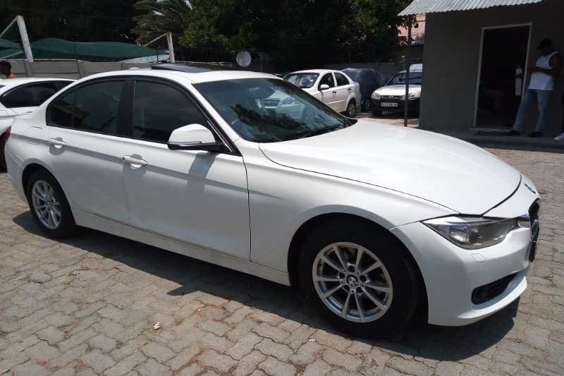 BMW 3 Series sedan 316i F30 2014