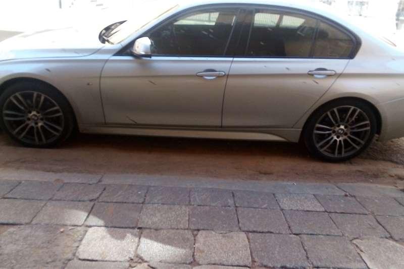 2015 BMW 3 Series sedan 320D M SPORT A/T (F30)