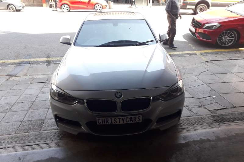 BMW 3 Series Sedan 320i M SPORT A/T 2015