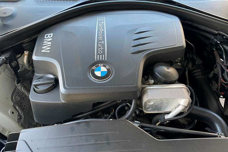 2012 BMW 3 Series sedan 320i M SPORT A/T (F30)