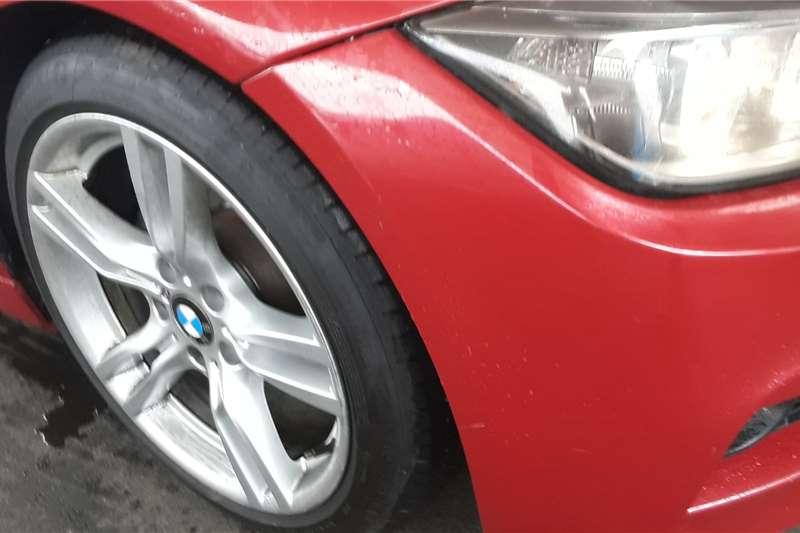 2015 BMW 3 Series sedan 320i M SPORT A/T (F30)