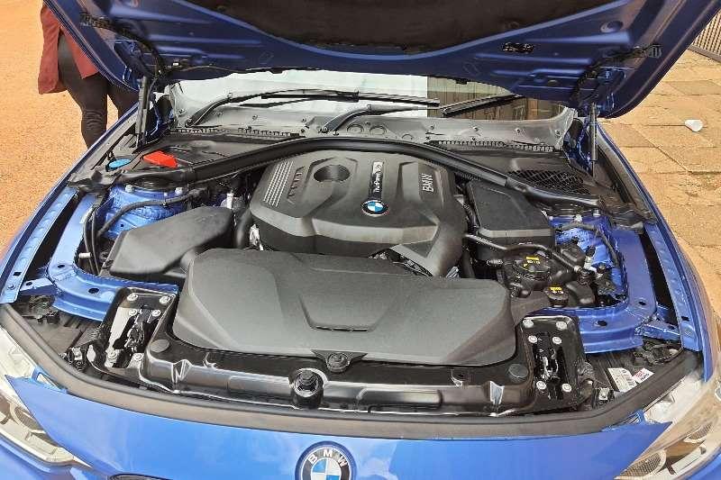 2017 BMW 3 Series sedan 320i M SPORT A/T (F30)