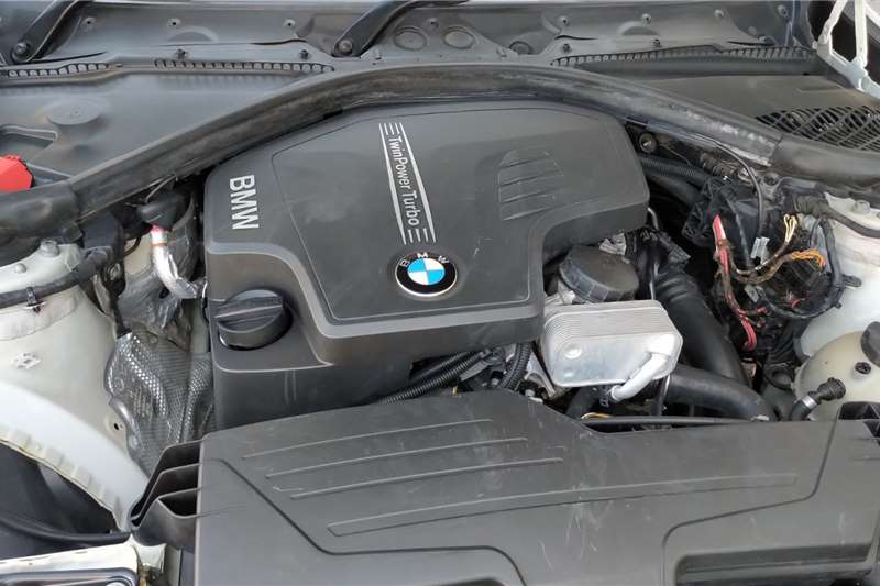 BMW 3 Series Sedan 320i SPORT LINE A/T (G20) 2014