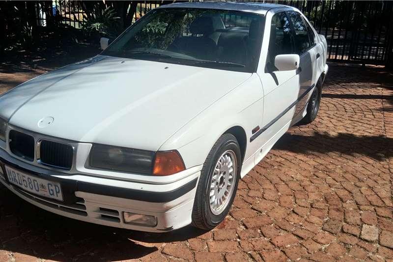 BMW 3 Series Sedan 323i 1996