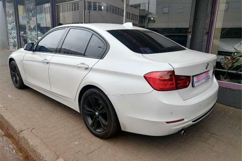 2013 BMW 3 Series sedan