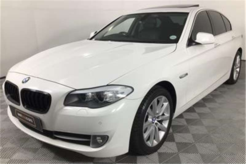 BMW 5 Series 520i Exclusive 2012