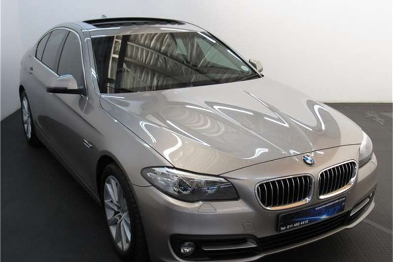 BMW 5 Series 520i Exclusive 2015