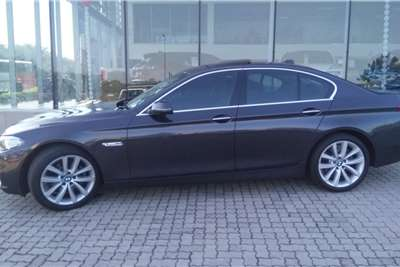 BMW 5 Series 520i Luxury Line 2015