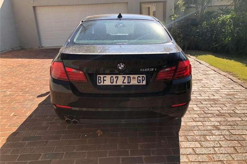 BMW 5 Series 523i Exclusive steptronic 2010