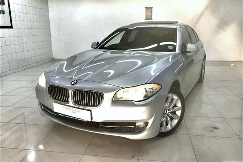BMW 5 Series 528i Exclusive 2012
