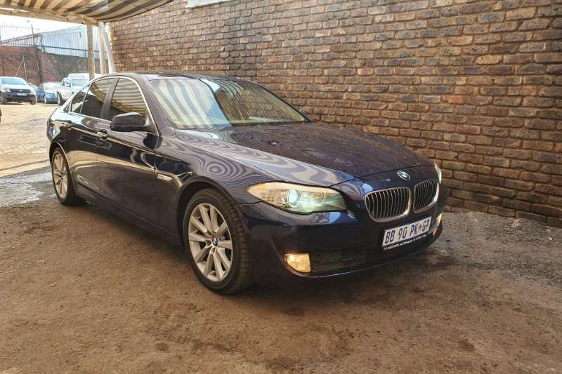 BMW 5 Series 528i Innovations 2011