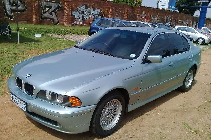 BMW 5 Series 530d Exclusive steptronic 2001