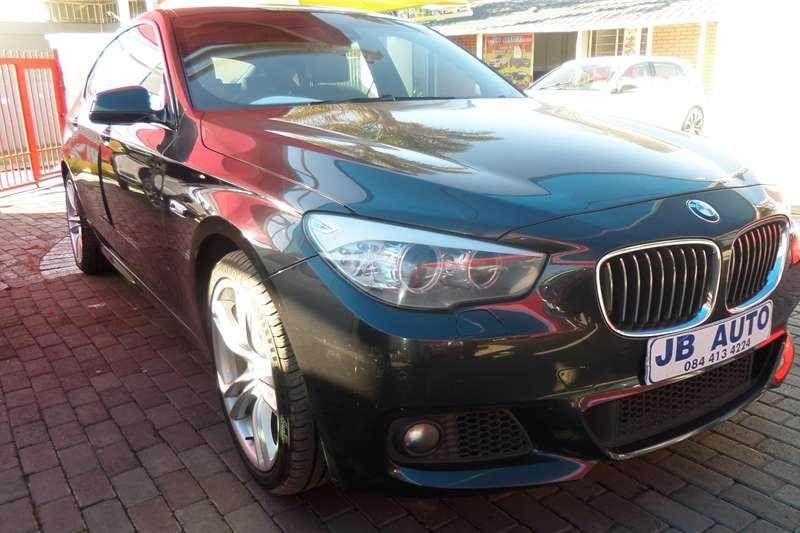 2012 BMW 5 Series Gran Turismo 520d GT