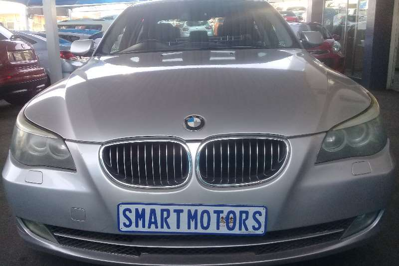 2009 BMW 5 Series 523i Exclusive