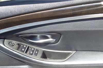 BMW 5 Series Sedan 520d A/T (G30) 2011