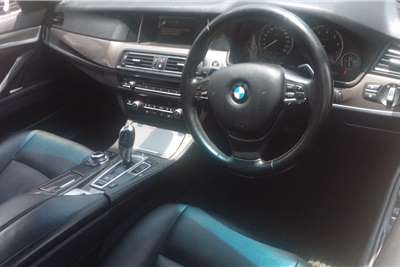 BMW 5 Series Sedan 520i LUXURY LINE A/T (G30) 2015
