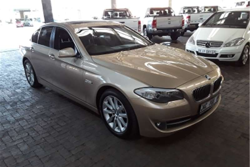 BMW 5 Series Sedan BMW 528i automatic 2010