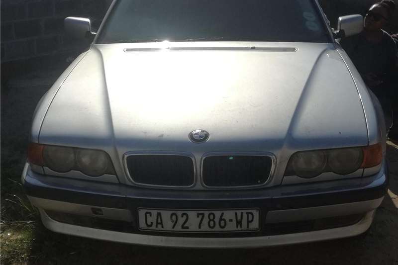 BMW 7 Series 740i 2001
