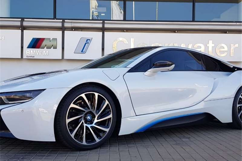 2016 BMW i8 eDrive coupe