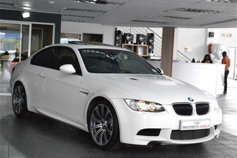BMW M3 COUPE M DCT 2010