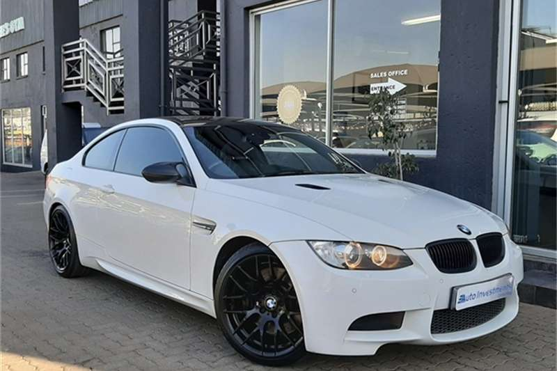BMW M3 COUPE M DCT 2011