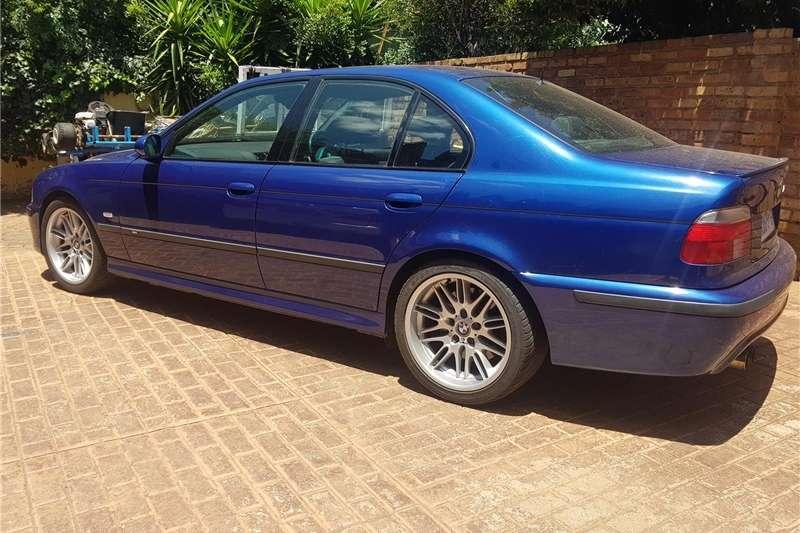 BMW M5 Sedan M5 M DCT (F90) 2000