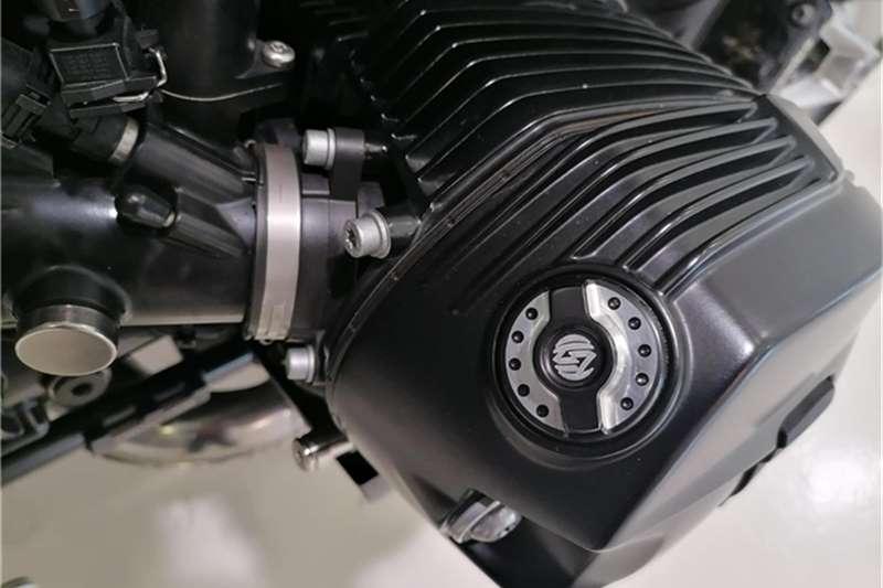 BMW R9T CAFE RACER 2015