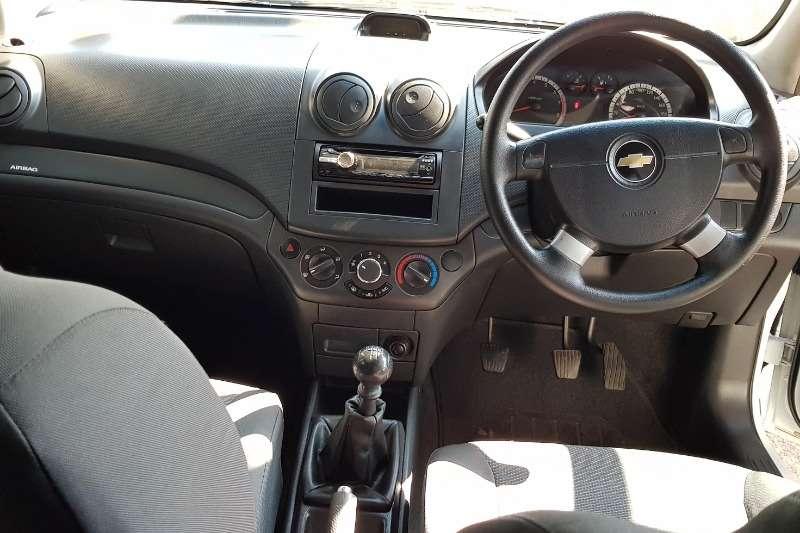 Chevrolet Aveo 1.6 L hatch 2013