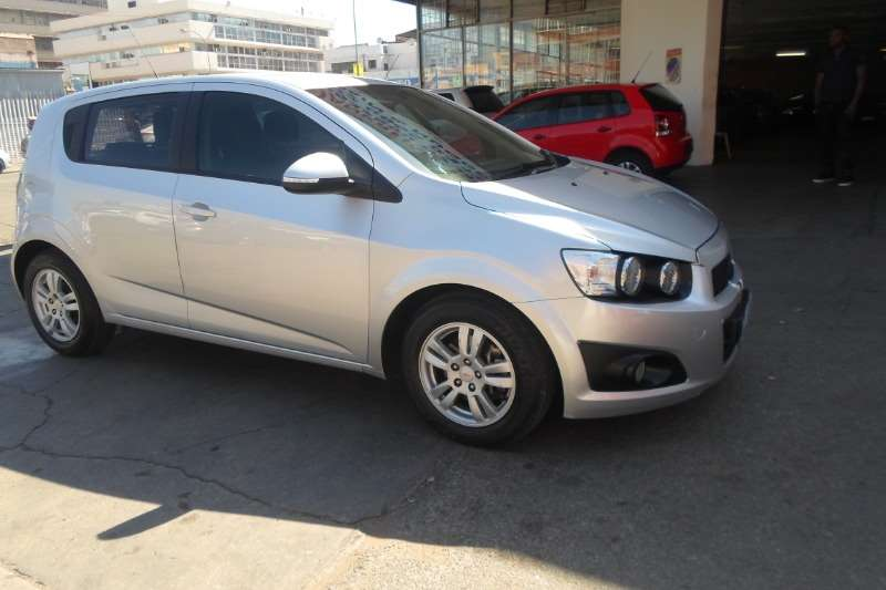 Chevrolet Aveo 1.6 LS hatch 2011