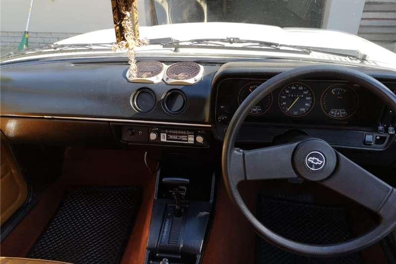 Chevrolet Camaro 1976