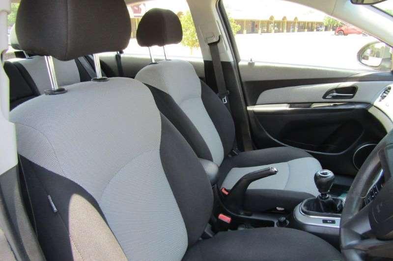 Chevrolet Cruze 1.8 LS 2011