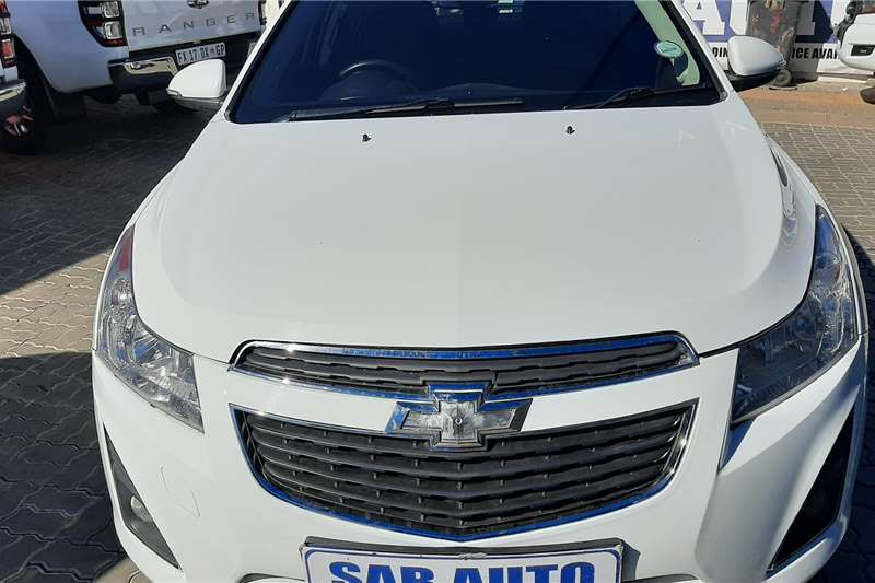 Chevrolet Cruze hatch 1.4T LS 2015