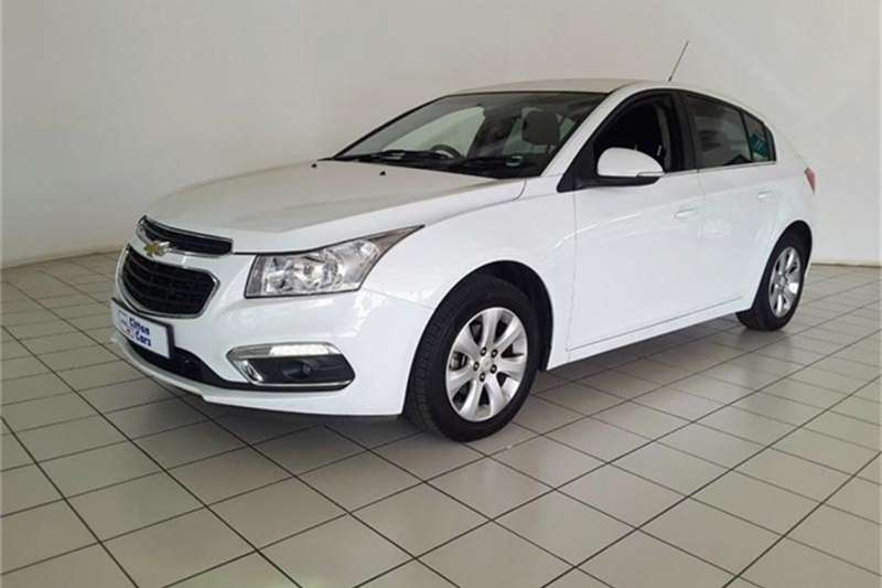 Chevrolet Cruze hatch 1.4T LS 2016
