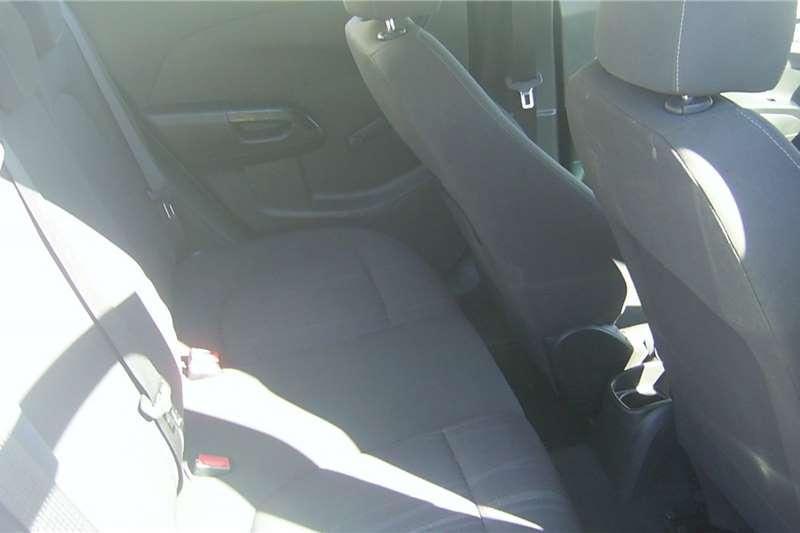 Chevrolet Sonic sedan 1.6 LS auto 2013