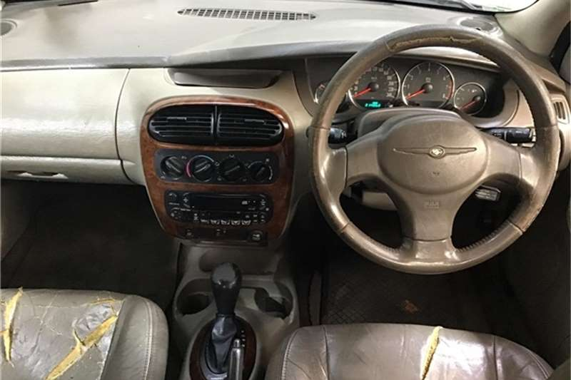 Chrysler Neon 2005