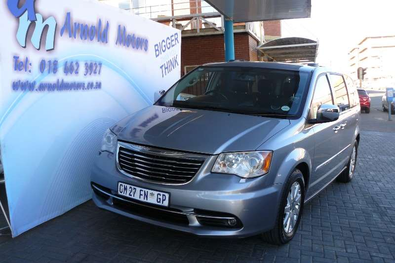 Chrysler Voyager 2.8 CRDI LTD A/T 2013