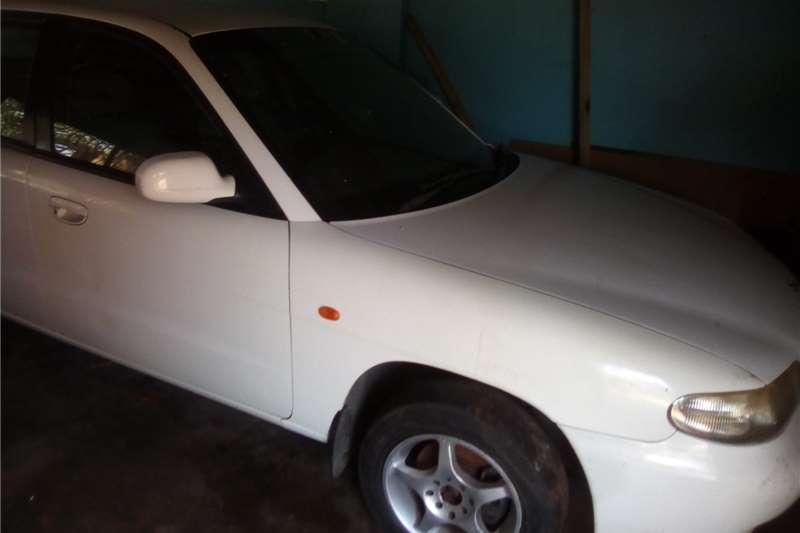 1998 Daewoo Nubira