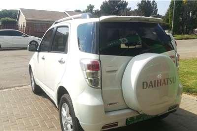 Daihatsu Terios 1.5 Diva Deluxe 2014