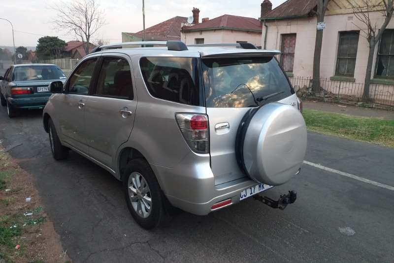 Daihatsu Terios Long 1.5 7 seater automatic 2012