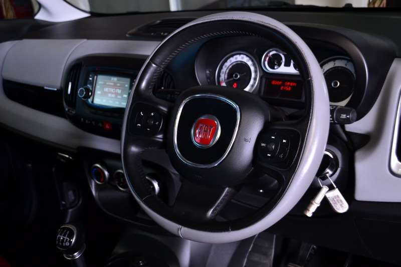 Fiat 500L 1.4 Easy 2014