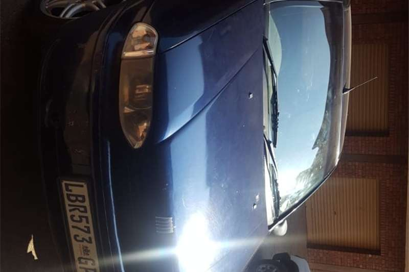 Fiat Palio 1.2 EL 3 door 2000