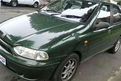 Fiat Palio 1.6 EL 5 door 2002