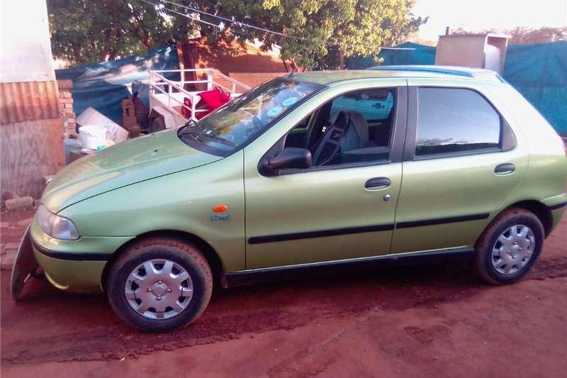 Fiat Palio 1.6 EL 5 door 2013