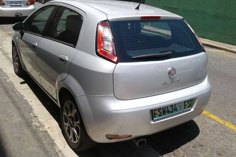 Fiat Punto 1.2 16V Dynamic 2012